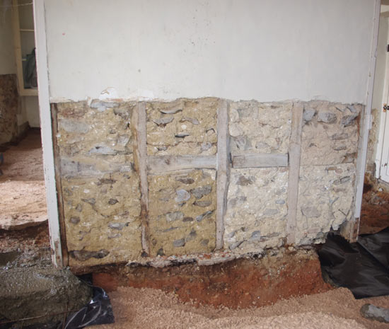 Interior wall without footings